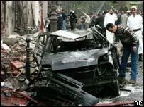 من آثار تفجيرات الجزائر