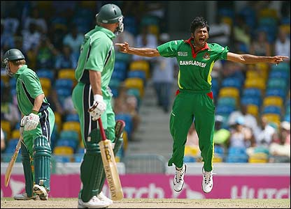 Porterfield survives an appeal from Shahadat Hossain