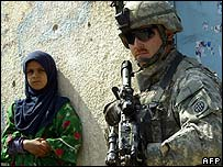 US soldier guarding a clinic in Baghdad's Sadr City