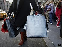 Shopper on Fifth Avenue in New York
