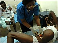 MSF treat men with bullet wounds in St Catherine's (photo by Gael Turine, care of MSF)