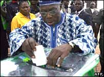 President Olusegun Obasanjo casting his vote during state elections