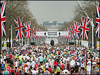 Runners race in the 2006 London Marathon