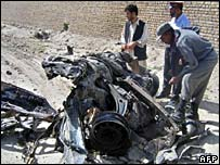 Suicide bomb attack on Nato military convoy in Kandahar, 11 April 2007