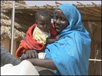 لاجئة سودانية من دارفور