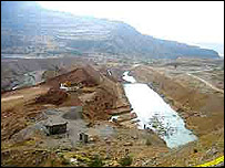 Sivand dam under construction (photo: courtesy of Iran-Daily/IRNA)