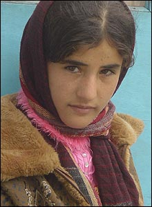A young Afghan girl