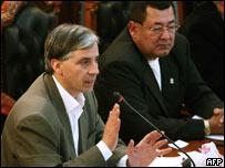 Vice presidente de Bolivia, �lvaro Garc�a Linera (iz) y el senador Guido Guardia.