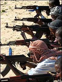Guerreros en Mogadiscio.