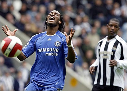 Didier Drogba reacts after Chelsea miss another chance to score