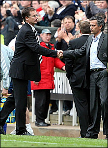 Newcastle manager Glen Roeder (left) shakes hands with Chelsea counterpart Jose Mourinho following their 0-0 draw