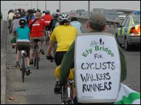 Cyclists' protest on Cogan Spur