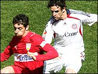 Owen Hargreaves in action against Stuttgart's Robert Hilbert on Saturday