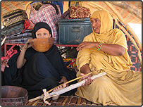 A women and young Mauritanian girl