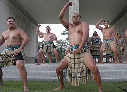 Officers from New Zealand's HMNZS Te Mana perform the Maori Haka