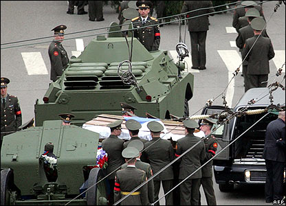 Boris Yeltsin's coffin is transferred to a gun carriage