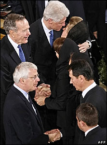 George Bush Snr, Bill Clinton, John Major and members of Boris Yeltsin's family