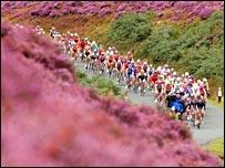 The 2006 Tour peloton in Lancashire.