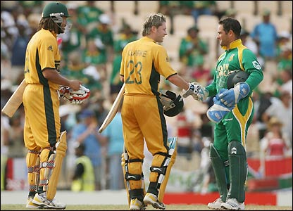 Clarke shakes hands with Mark Boucher after booking Australia's place in the final