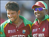 Ramnaresh Sarwan (left) and Brian Lara