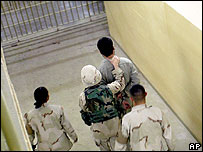 US troops handle Iraqi prisoner (file photo)