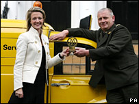 Motorist Crystal Walter and AA patrolman Andy McMorran
