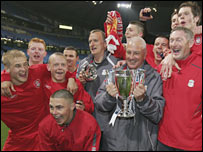 Steve Heighway with the 2007 FA Youth Cup