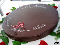 Whole Sachertorte cake marking its 175th birthday. Photo: Gabrielle Grenz/AFP/Getty Images