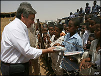 UN High Commissioner for Refugees Antonio Guterres at Wad Sharife camp, eastern Sudan