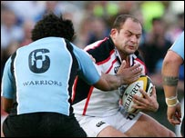 Steve Swindall tackles Rory Best