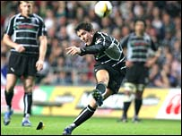 James Hook kicks the Ospreys to a Magners League win over Leinster