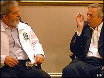 Luiz Inácio Lula da Silva (izq) y Néstor Kirchner.