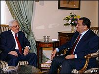 مبارك وعباس في القاهرة