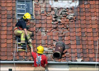 Firefighters removing dangerous chimney stack after quake in Kent