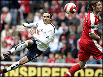 Dimitar Berbatov cracks home the second from 25 yards
