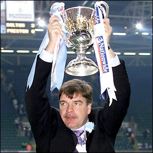 Allardyce with the play-off trophy