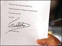 Carta que el presidentre Ch�vez dice haber recibido de Fidel Castro.