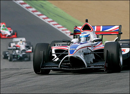 Britain's Robbie Kerr steers his way to a second-place finish at the A1 Grand Prix at Brands Hatch