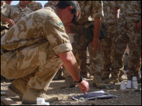 British troops planning Operation Silicon