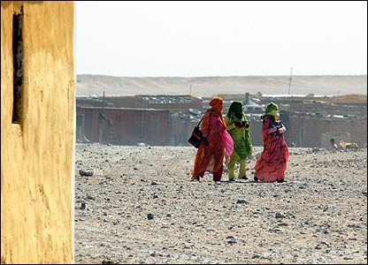 Female refugees in the Smara camp, south-west Algeria