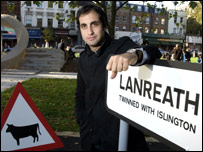 Lanreath twinned with Islington sign