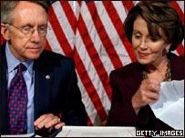 Senador Harry Reid y la presidenta de la mayoría demócrata del congreso, Nancy Pelosi