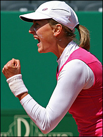 Mara Santangelo celebrates her victory over Nadia Petrova