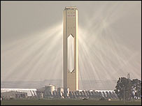 Solar thermal power station   Image: BBC