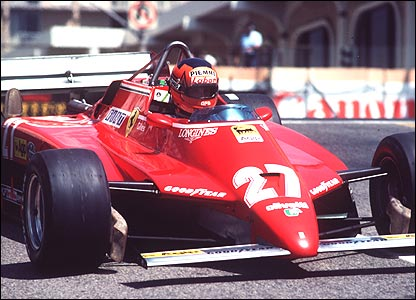 Gilles Villeneuve in the Ferrari 126C2 at the 1982 US Grand Prix West in Long Beach