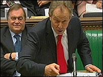 Tony Blair en el Parlamento.