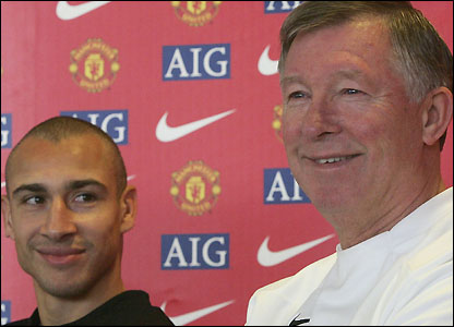 Henrik Larsson with Sir Alex Ferguson