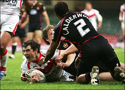 Paul Wellens of St Helens celebrates their second try