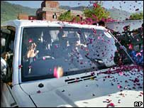 Iftikhar Muhammad Chaudhry's car leaving Islamabad