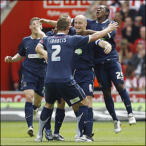 Southend celebrate as Southampton